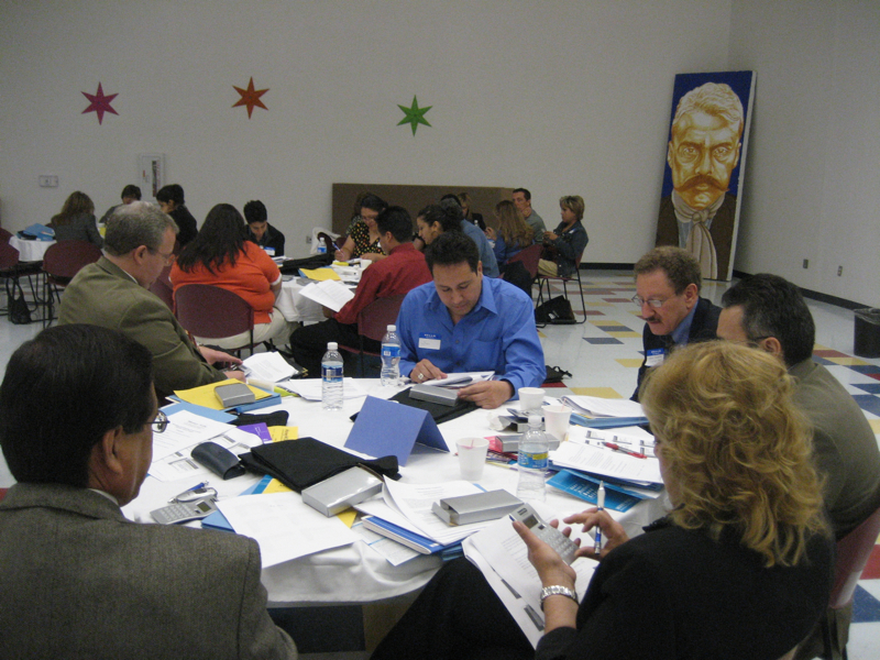 El_Paso_Roundtable-5-El Paso participants reading the instructions for an activity on building credit.